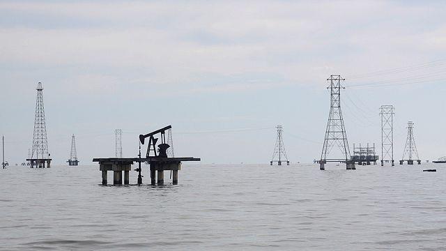 Petrol fiyatları üzerinde geri dönen üreticiler baskısı