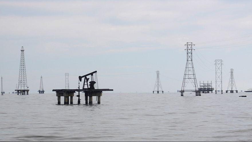 Preço do barril de petróleo volta a cair