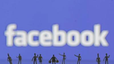 Young people spending less mobile time on Facebook