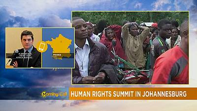 Sommet sur les droits humains à Johnannesbourg [The Morning Call]