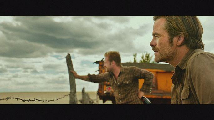 Jeff Bridges son filminde banka soyguncularının peşinde
