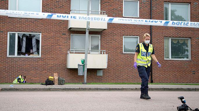 İsveç'te eve el bombalı saldırı: Bir çocuk öldü