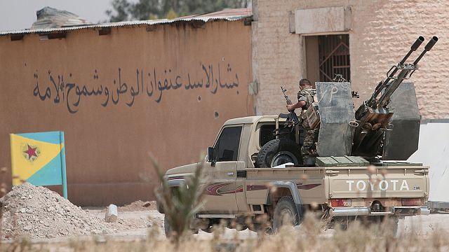 Szíria: tűzszünetet kötöttek Haszakah városában