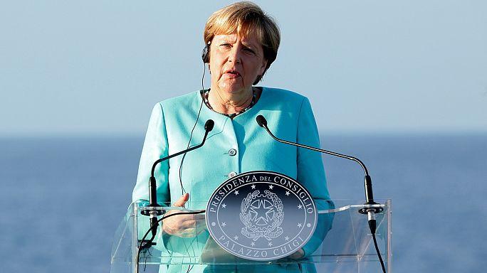 European Brexit tour begins for Angela Merkel