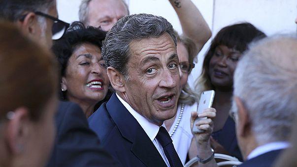 Nicolas Sarkozy geri dönüyor
