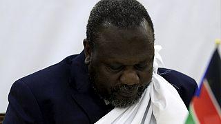 Soudan du Sud : en fuite, Riek Machar atterrit à Khartoum