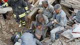 قتلى ومصابون جراء زلزال بقوة 6.2 درجة يضرب وسط إيطاليا