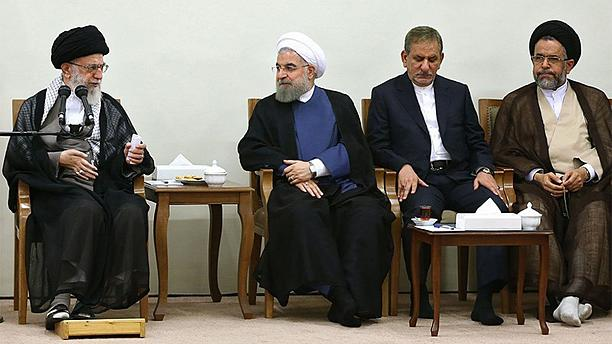 توصیههای خامنهای به روحانی: آزاداندیشی به معنای ولنگاری نیست