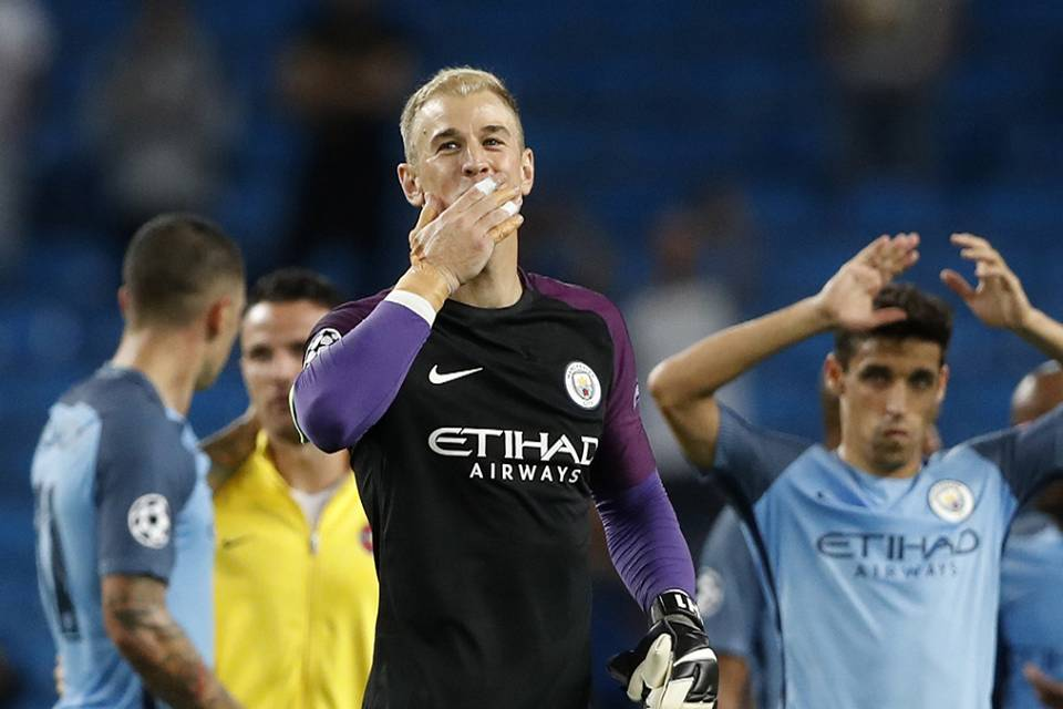 Manchester City down Steaua Bucharest to reach the Champions League group stages.
