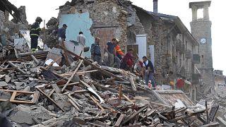 لقطات جوية لبلدة أماتريتشا الإيطالية المنكوبة بسبب الزلزال