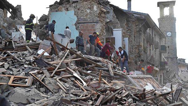 Ιταλία: Η πληγείσα, από τον Εγκέλαδο, Αματρίτσε μέσω drone