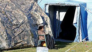 زلزله زدگان ایتالیا شب گذشته را در چادر گذراندند
