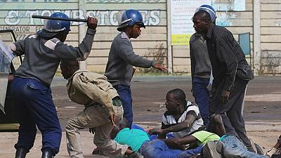 Police clash with Zimbabwean youths ahead of major opposition protest