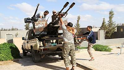 Libyan forces continue battling out Islamic State for Sirte
