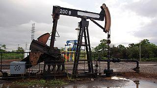Preços do petróleo continuam em queda