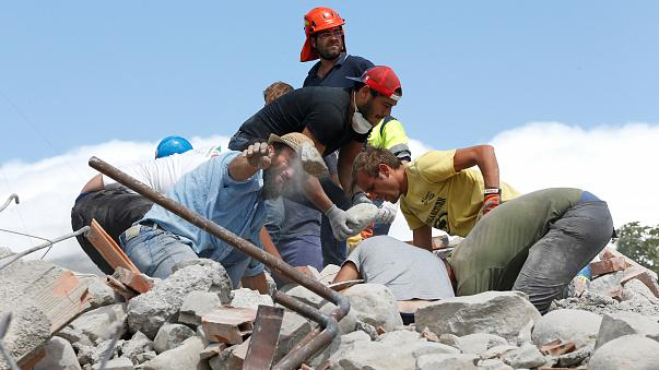 Italy quake: state of emergency declared as rescue operation continues