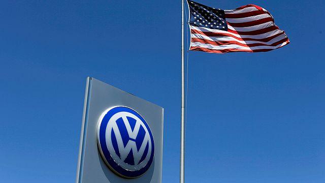 Volkswagen emisyon skandalı için ABD'deki bayilere 1.2 milyar Dolar ödeyecek