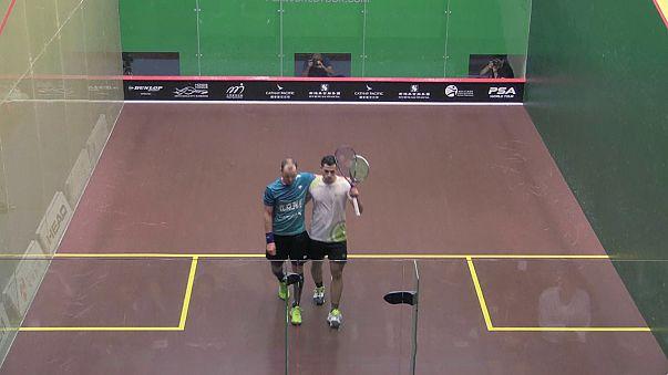"""Estrelas do squash """"caem"""" no Open de Hong Kong"""