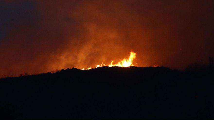Espanha: Incêndio de Navarra controlado pelos bombeiros