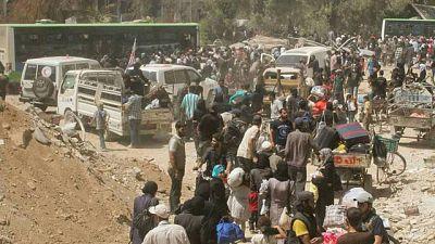 Syria: Darayya residents evacuated following deal between army and rebels