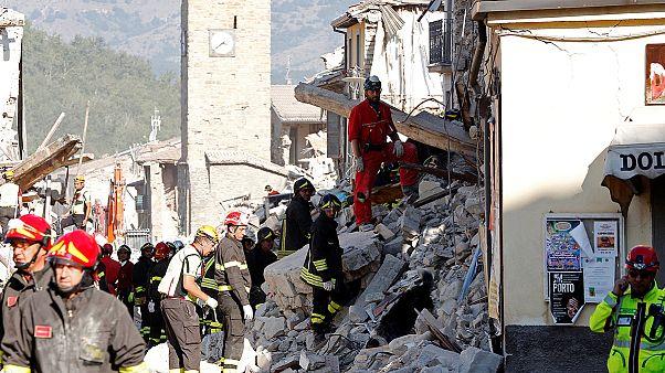 Italien: Staatsbegräbnis für Erdbebenopfer, kaum Hoffnung auf weitere Überlebende