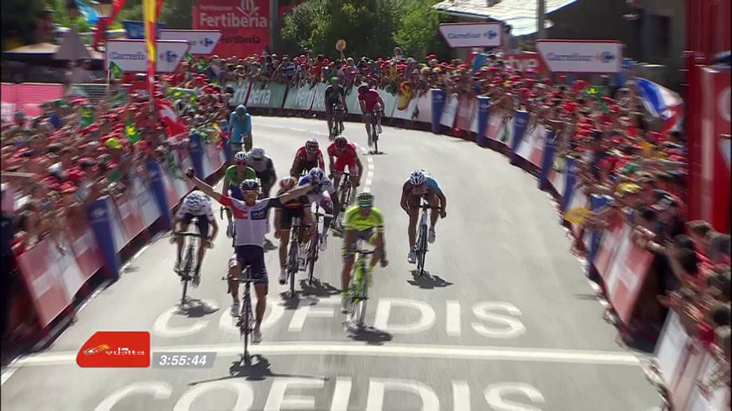 Tırmanış etapları öncesi Contador yerde