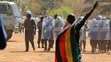 Zmbabwe, violenza della polizia contro una manifestazione autorizzata dal Tribunale