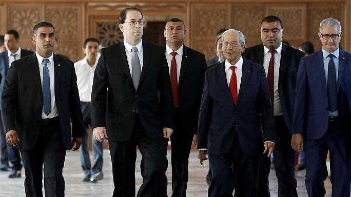 البرلمان التونسي يمنح الثقة للحكومة الجديدة