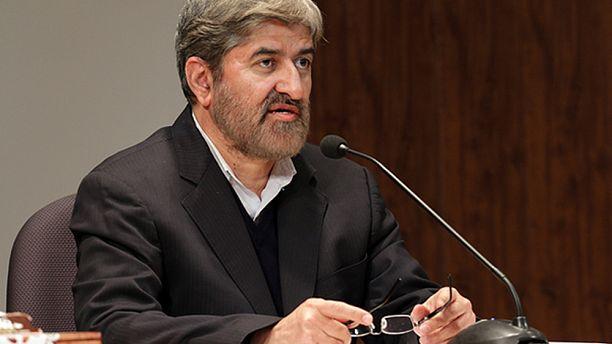 علی مطهری خواستار توضیح مصطفی پورمحمدی درباره اعدامهای سال ۶۷ شد