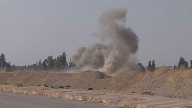 A szíriai határa mentén bombázott Törökország