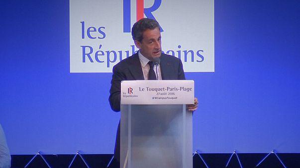 Alain Juppe'den Nicolas Sarkozy'e burkini mesajı