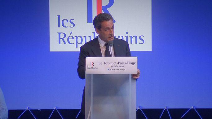 """França: Sarkozy defende proibição do """"burkini"""" tanto nas praias como nas piscinas"""