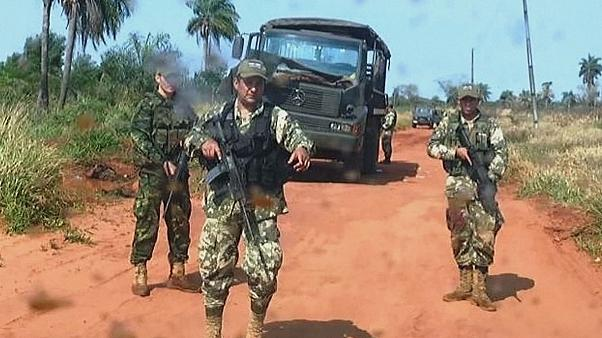 Paraguai: Morrem oito soldados em ataque com engenho explosivo perto da fronteira com o Brasil