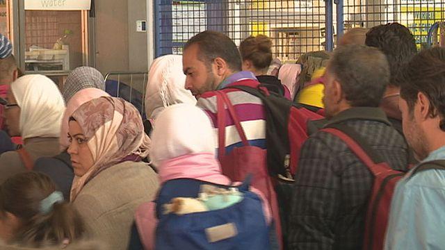 """فرانك يورغن وايس:"""" يمكن لألمانيا استقبال 300.00 لاجئ فقط لاغير"""""""