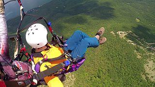 ماجراجویی در جمهوری مقدونیه؛ پرواز با چتربال بر فراز مناظر زیبا