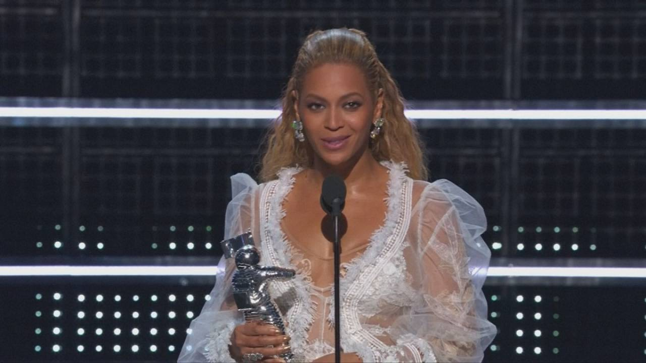 Beyonce and Rihanna get the gongs at the MTV Music Video Awards