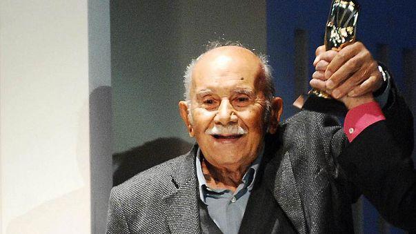 Türk edebiyatının çınarı Vedat Türkali hayatını kaybetti