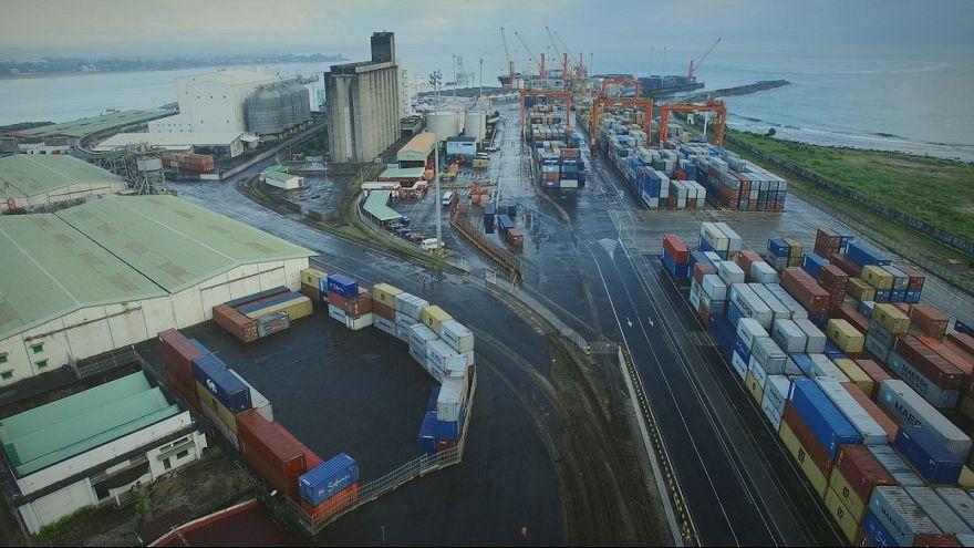 El puerto de Toamasina, motor económico de Madagascar