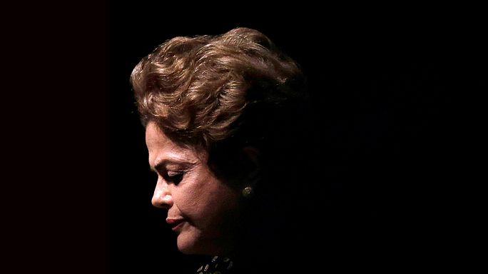 """Дилма Русеф в сенате: """"Я ни в чём не виновна!"""""""