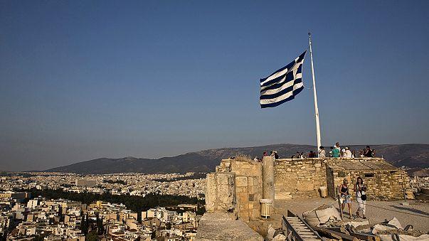 Grecia creció en el segundo trimestre un 0,2%, una décima menos de la estimación inicial