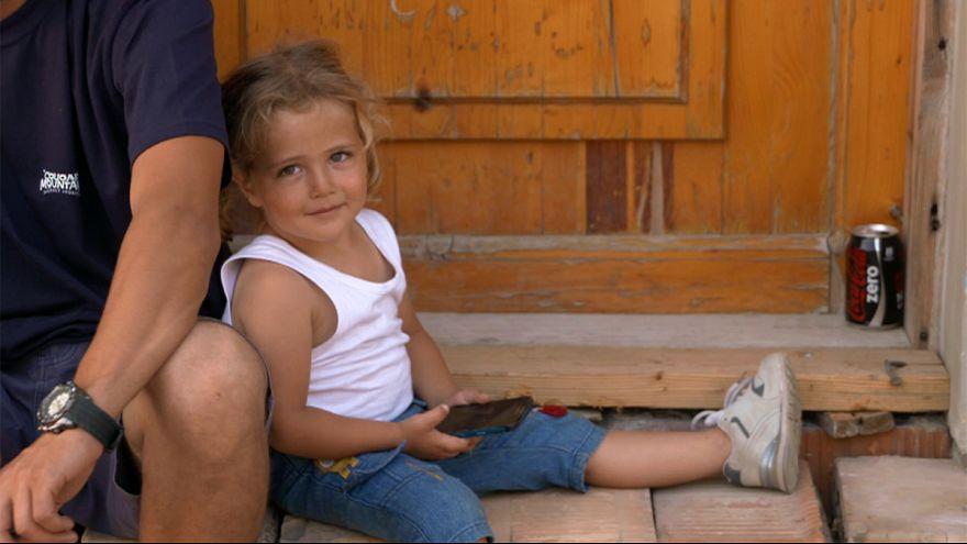 معاناة اللاجئين في ادغال هورغوس- روسزك