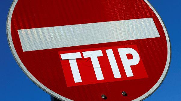 """França vai pedir o """"fim"""" das negociações do TTIP com os EUA"""