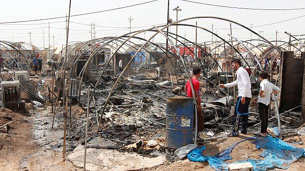 Iraq: More than 70 tents burned down in refugee camp