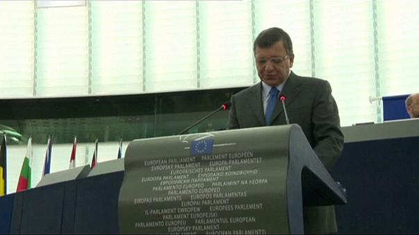 """Barroso a Goldman Sachs: petizione online, """"toglietegli la pensione europea"""""""