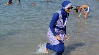 La ONU pide a Francia que revoque la prohibición del uso del burkini
