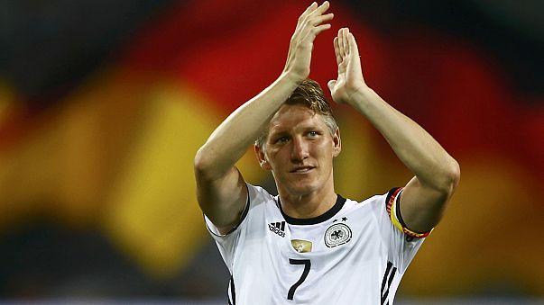 ألمانيا تفوز على النرويج في مقابلة ودية و شفايني يذرف الدموع لآخر مقابلة له