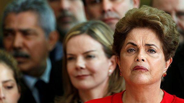 Rousseff: Brezilya'nın seçilmiş ilk kadın cumhurbaşkanını devirdiler