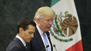 Ο Τραμπ επανέλαβε τα περί τείχους στα σύνορα κατά την επίσκεψή του στο Μεξικό
