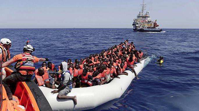 البحرية الإيطالية تنقذ نحو ثلاثة عشر الف لاجىء ومهاجر قبالة سواحلها في أربعة أيام