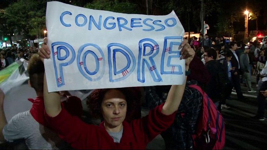 Protestas en Brasil tras la destitución de Rousseff y la investidura del nuevo presidente Michel Temer
